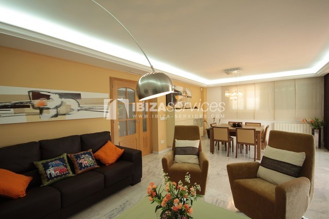 Triplex Can Misses for sale perspectiva 15