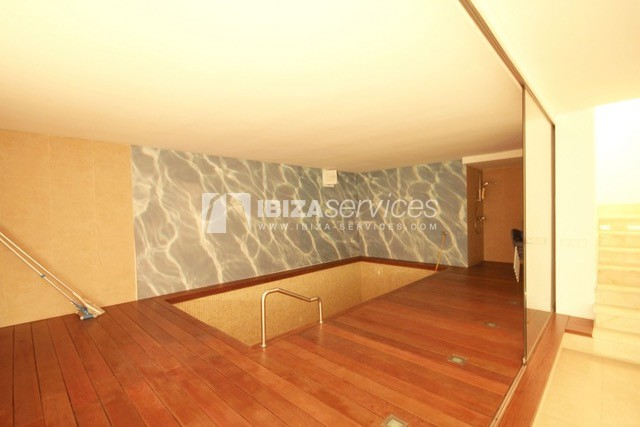 Triplex Can Misses for sale perspectiva 6