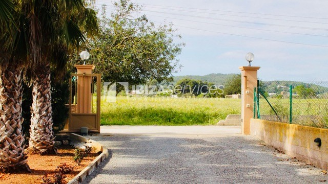Charming Ibizan country house close to St.Eulalia perspectiva 20
