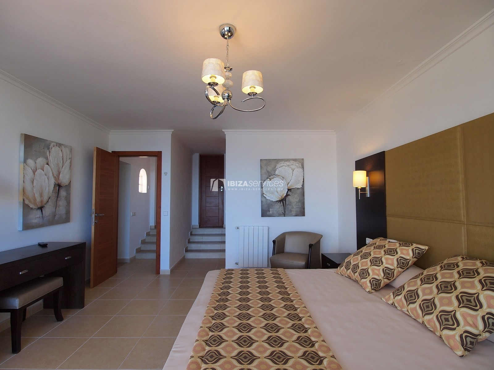 7 bedroom villa overlooking the sea Cala Moli perspectiva 18