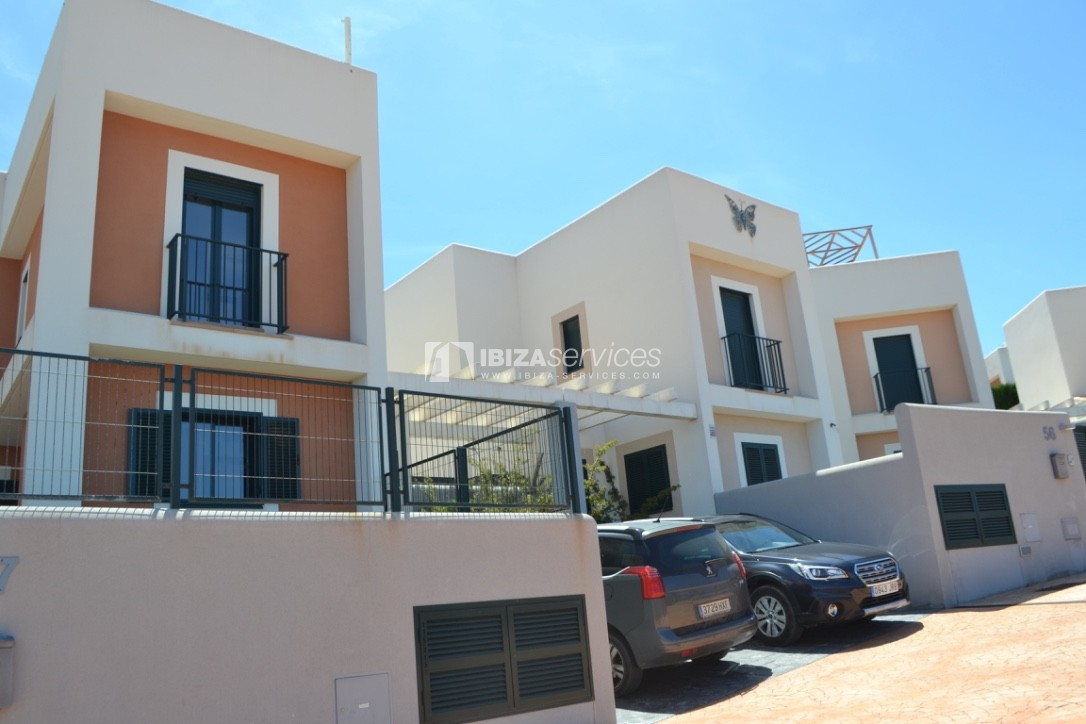 Townhouse Cala Tarida 3 bedrooms with sea views perspectiva 4