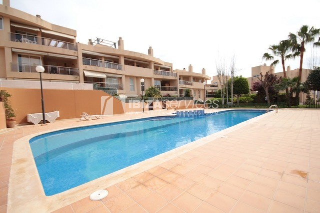 Triplex Can Misses for sale perspectiva 2