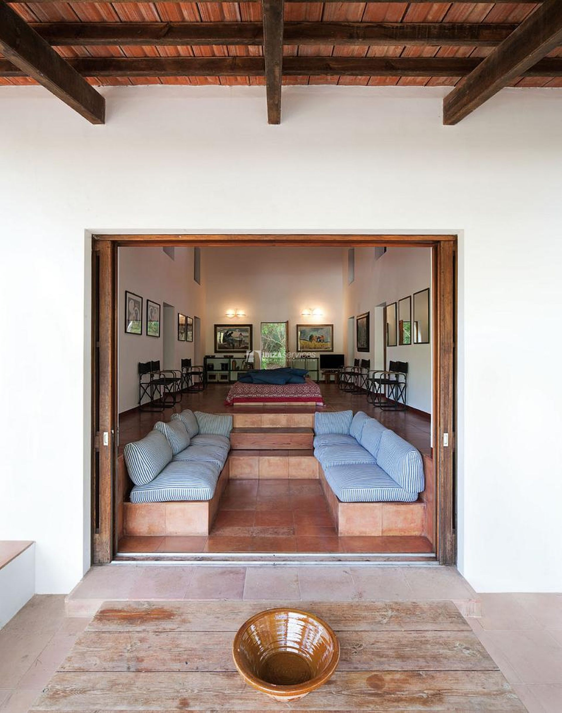 Rustic villa for sale in Formentera perspectiva 14