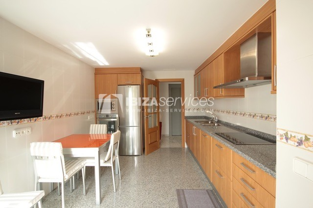 Triplex Can Misses for sale perspectiva 26