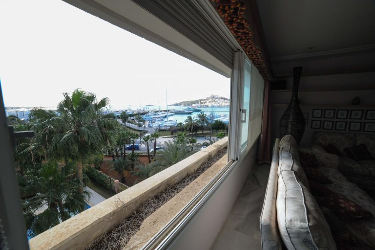 350m2 Ibiza flat for sale on first line harbor