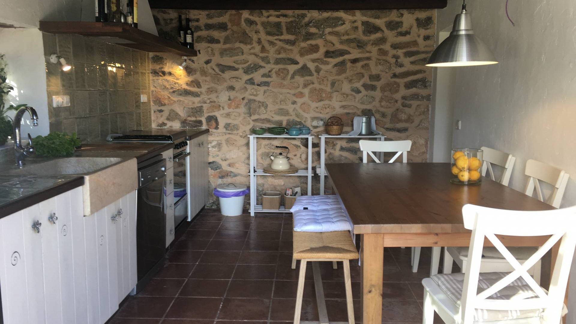Cosy country house for annual rent