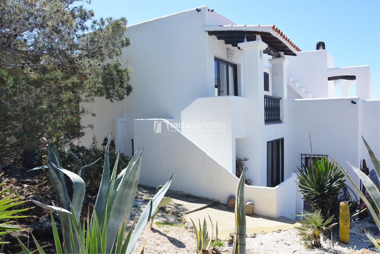 Villa with stunning sea and sunset views near Cala Gracio perspectiva 2