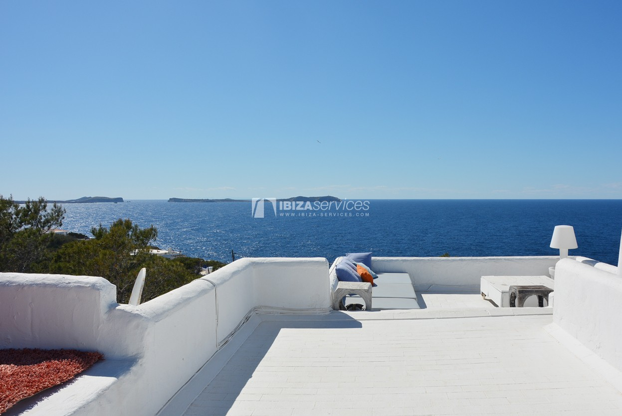 Villa with stunning sea and sunset views near Cala Gracio perspectiva 3