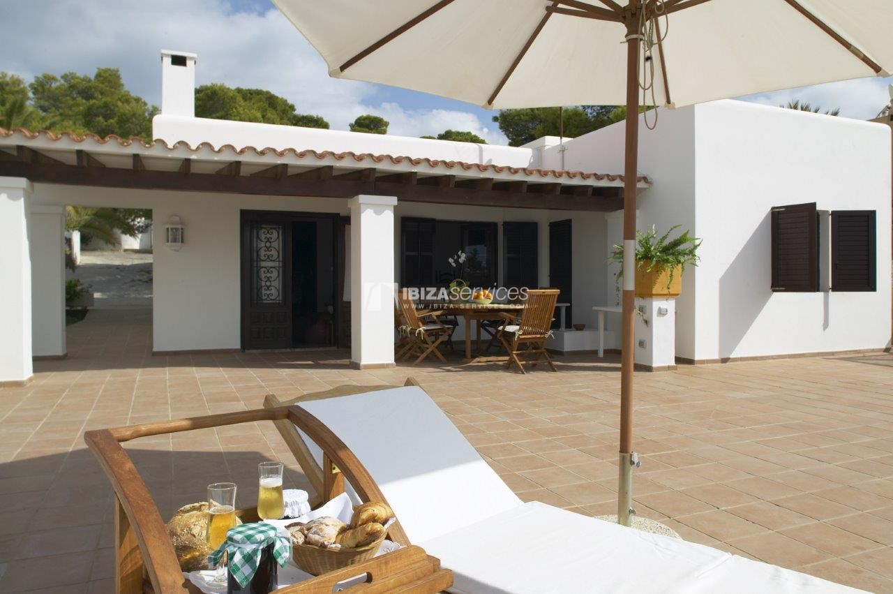 Cala Codolar villa vacation rentals 3 bedrooms with tennis court perspectiva 1