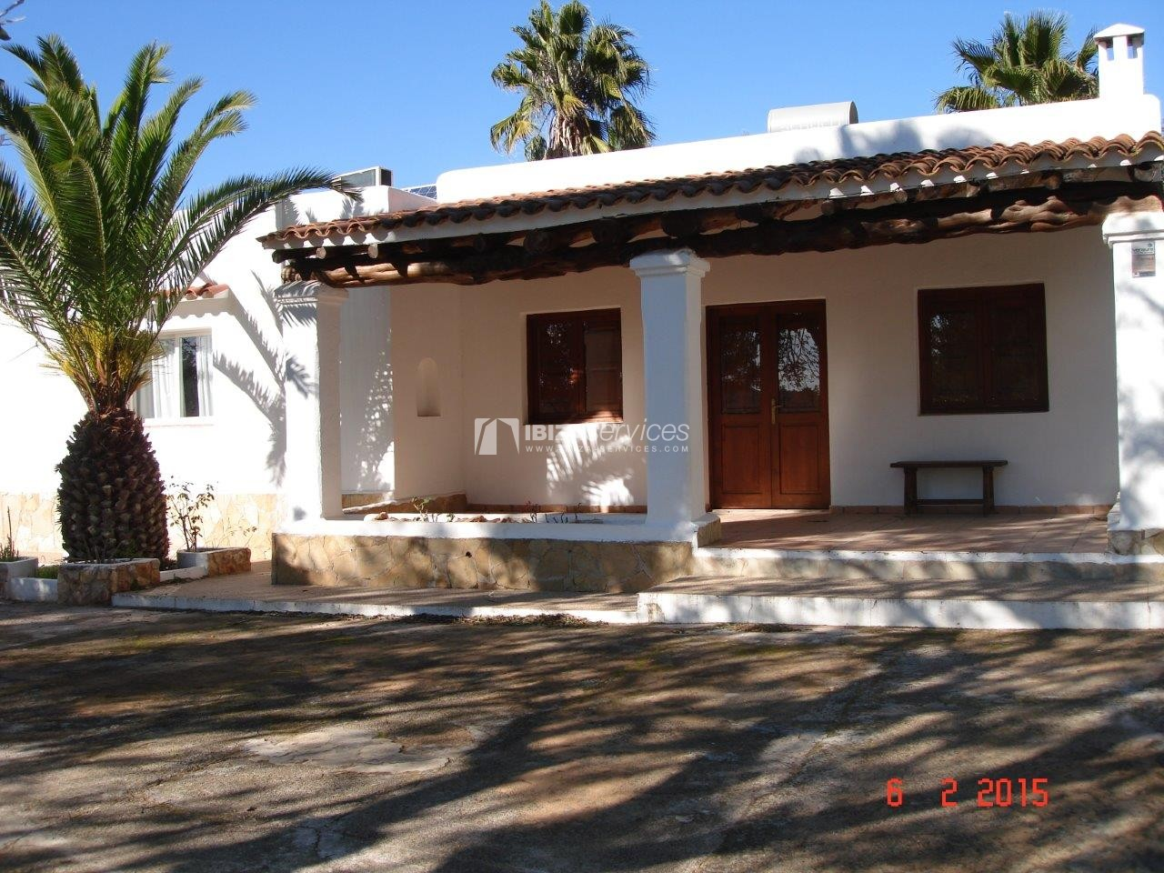 House for sale with tennis court in Sant Rafael perspectiva 1