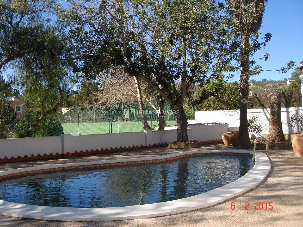 House for sale with tennis court in Sant Rafael perspectiva 2