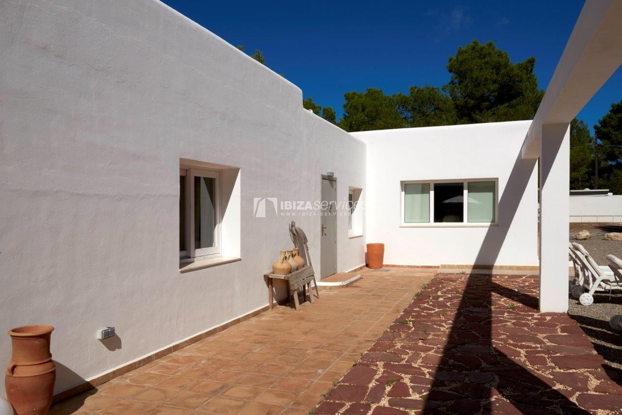 Holiday rental Cala Jondal charming villa for rent