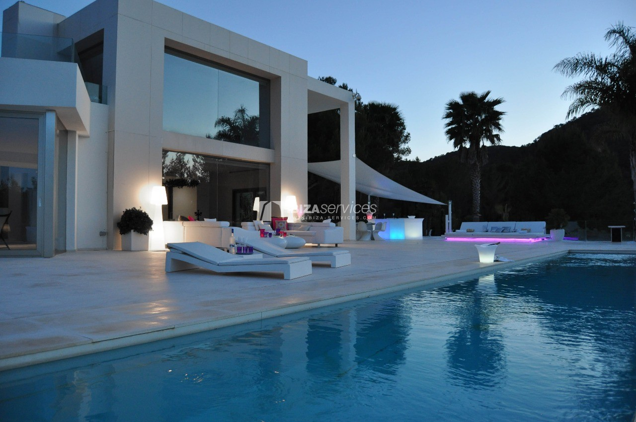 Luxury 8 bedrooms Ibiza villa Elisabeth to rent perspectiva 36