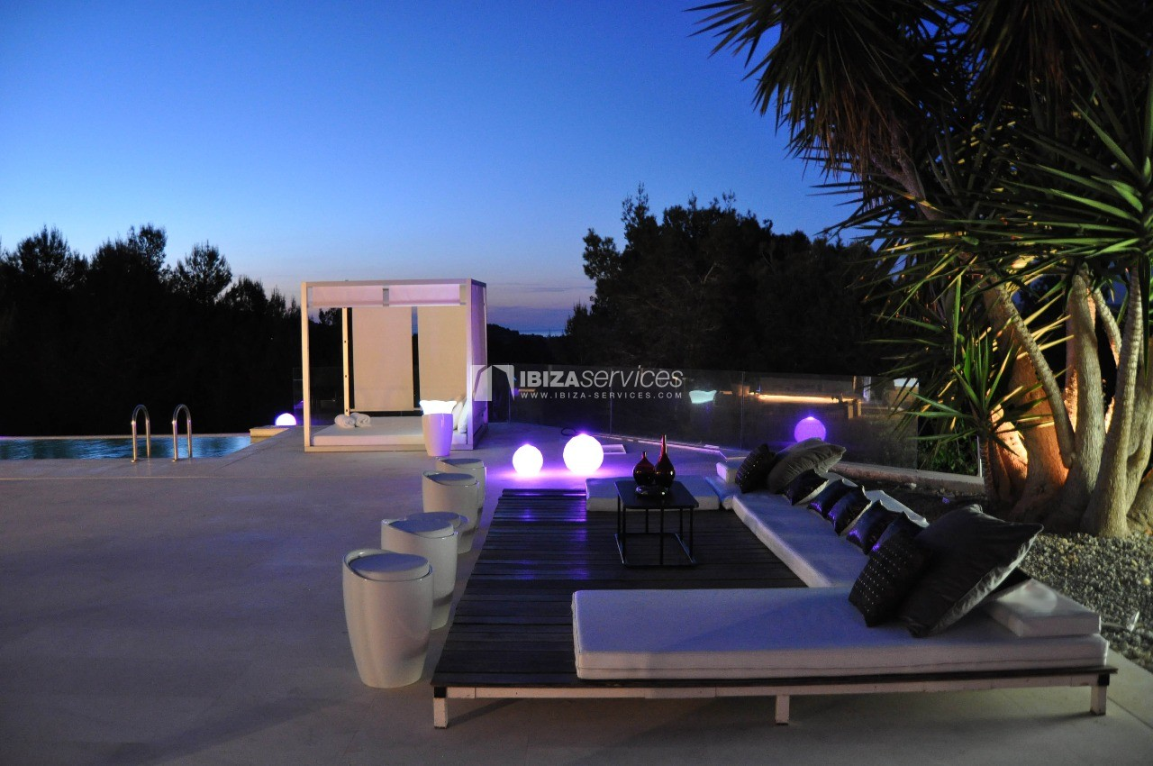 Luxury 8 bedrooms Ibiza villa Elisabeth to rent perspectiva 51