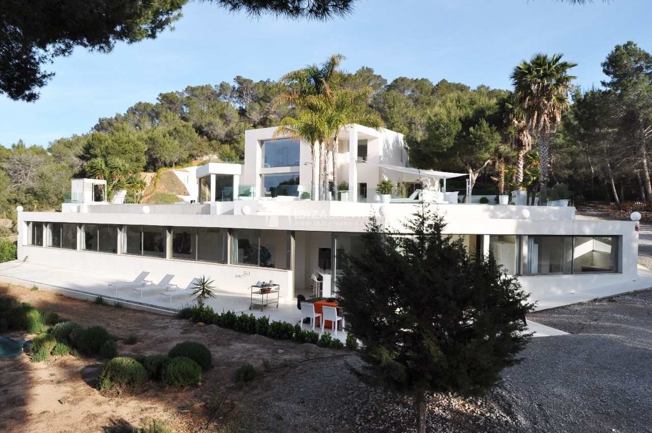 Luxury 8 bedrooms Ibiza villa Elisabeth to rent perspectiva 57
