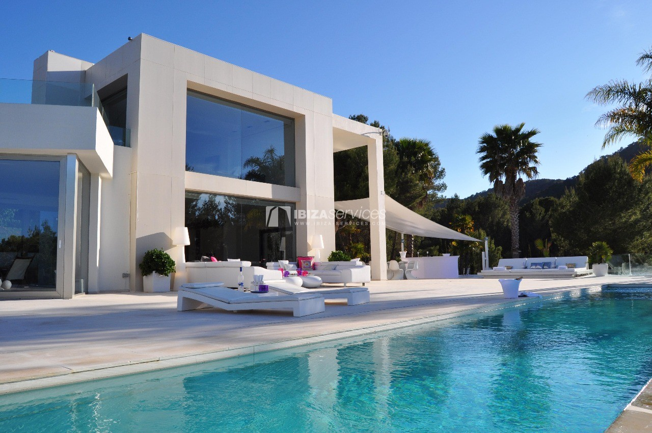 Luxury 8 bedrooms Ibiza villa Elisabeth to rent perspectiva 60