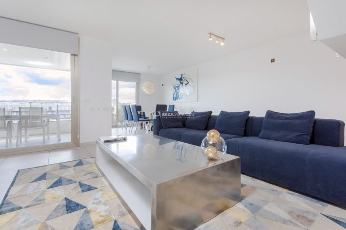 4 bedroom penthouse paseo maritimo for rent