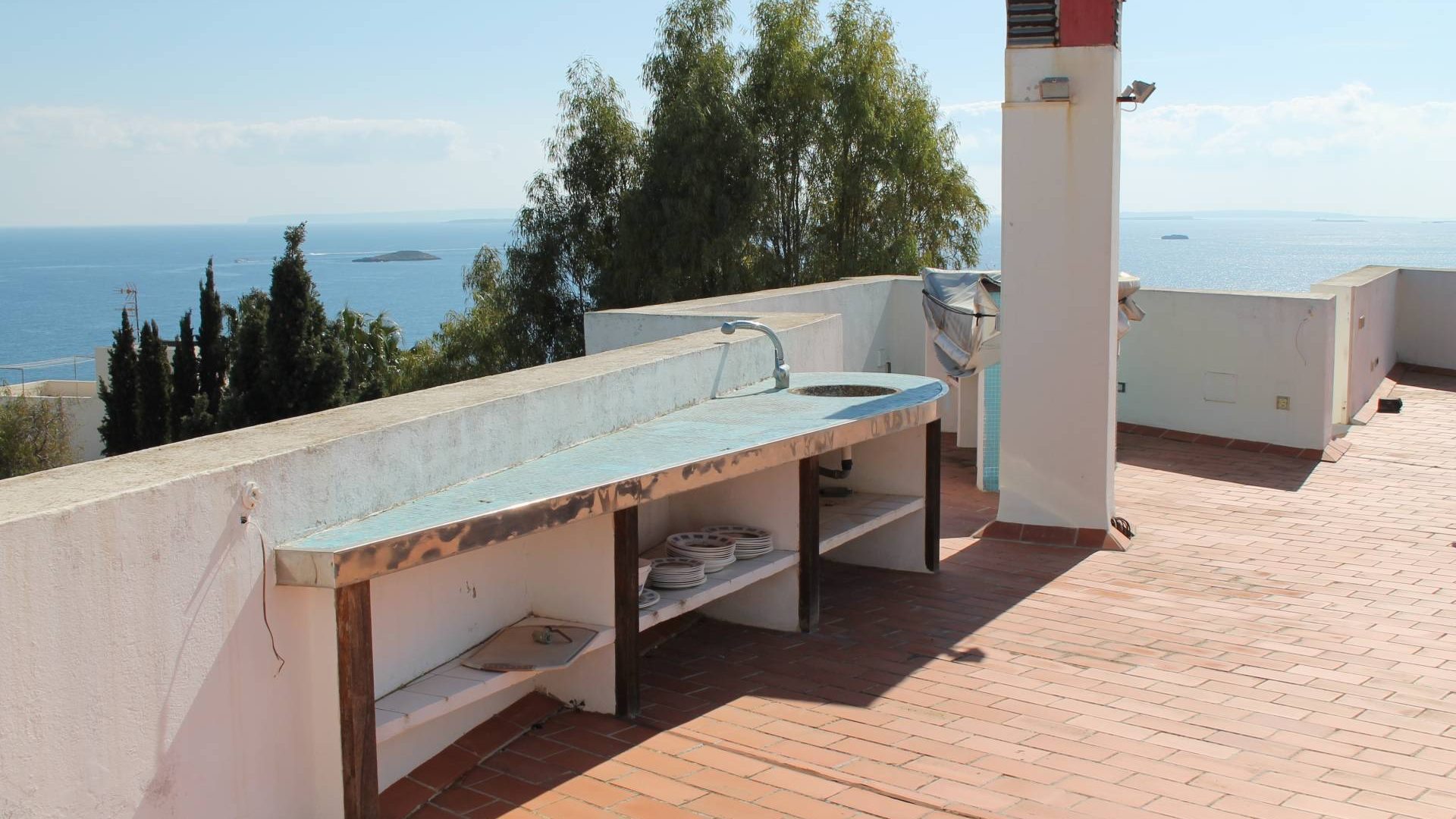 Penthouse yearly rent 360degree roof terrace Los Molinos