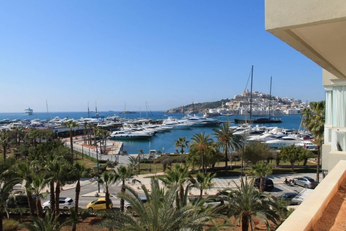 350m2 Ibiza flat for sale on front line harbor