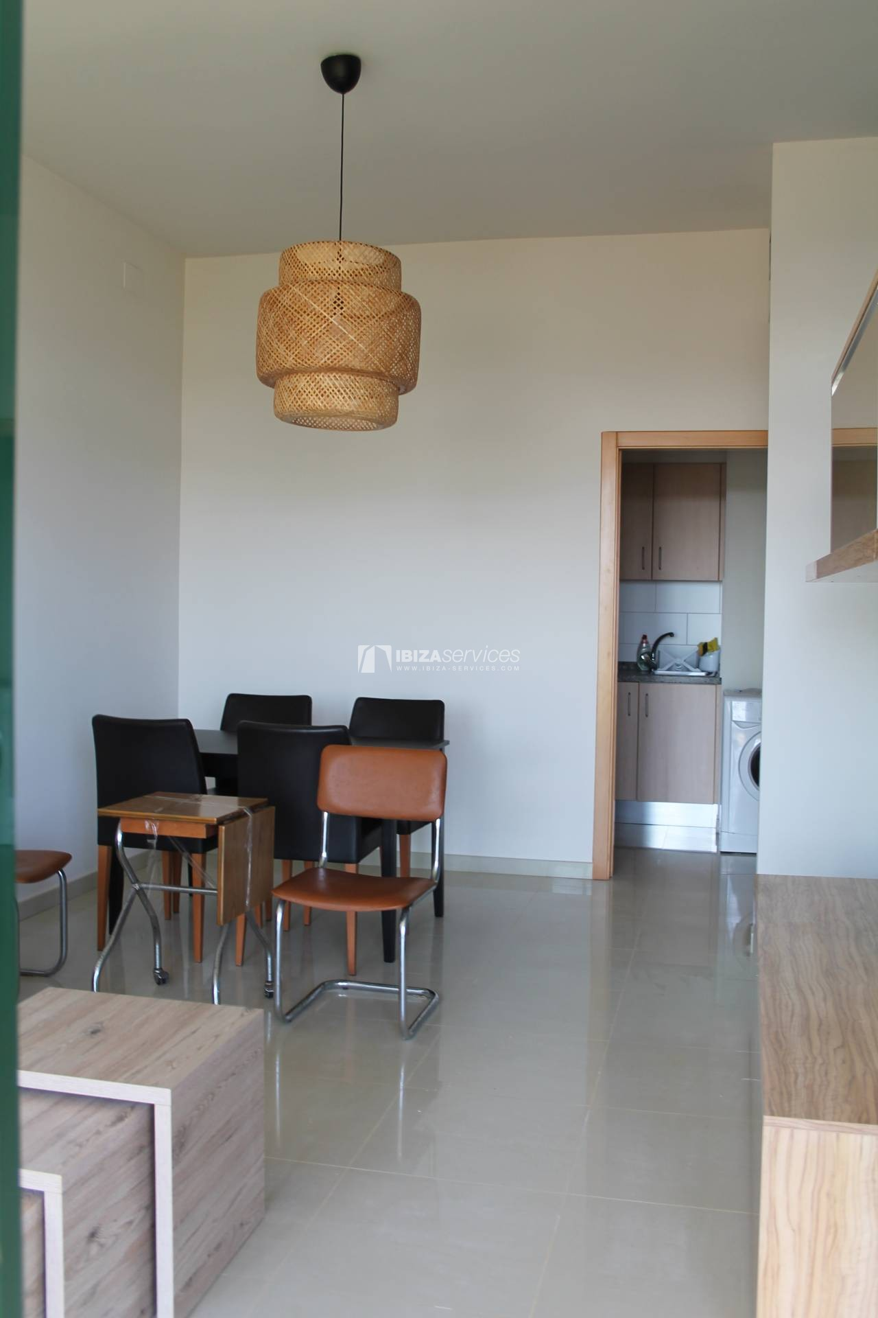 Bright 1 bedroom apartment yearly rent perspectiva 3