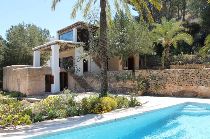 Seasonal rental finca 3 bedrooms San Agustin-Ibiza