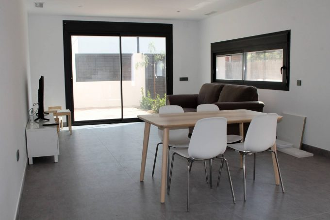 Puig d'en valls 3 bedroom house for rent fro a company