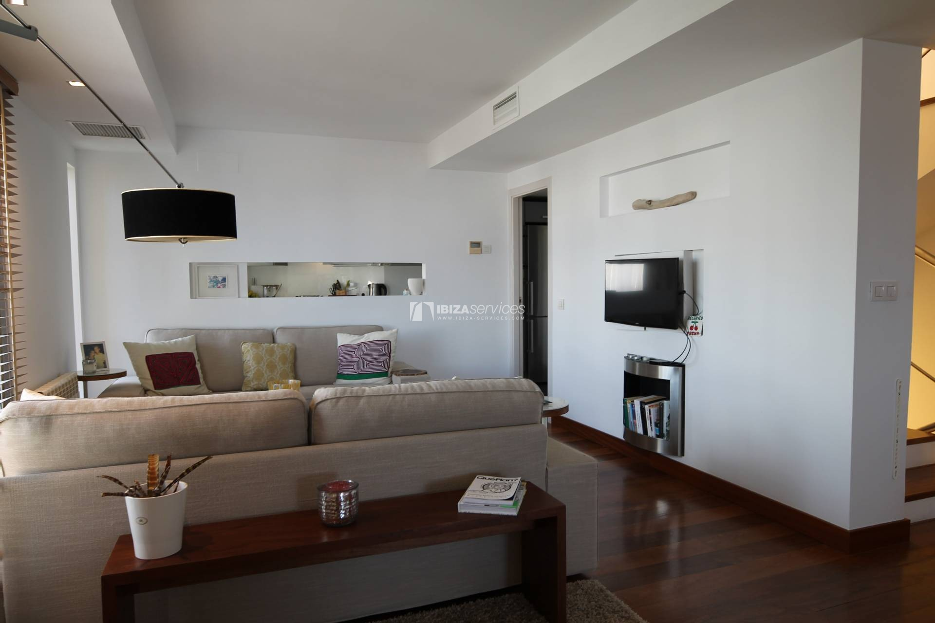 Purchase seafront house Talamanca with pool perspectiva 3
