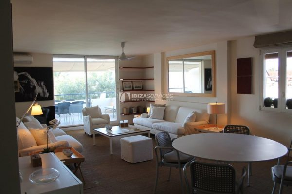 Buy apartment first line paseo maritimo Ibiza