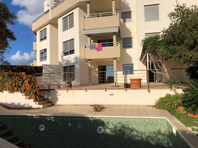 Annual rental 3 bedroom apartment with private pool.