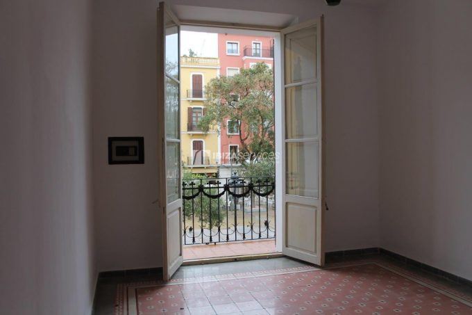 Buy apartment of 138m2 in Vara De Rey