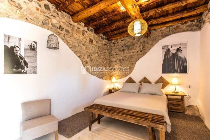 9 ensuite bedrooms in a private rustic village