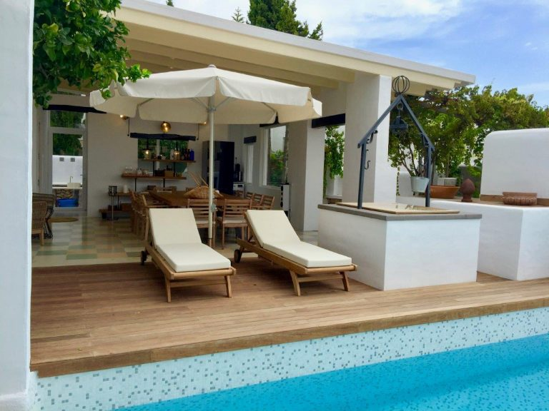 Long term rental villa St gertrudis downtown