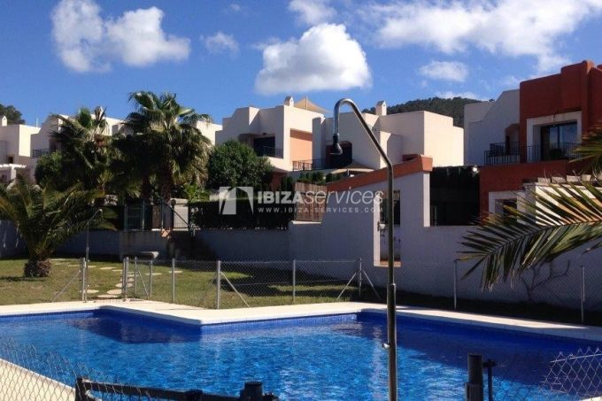 Yearly rental 3 bedroom house Cala Tarida
