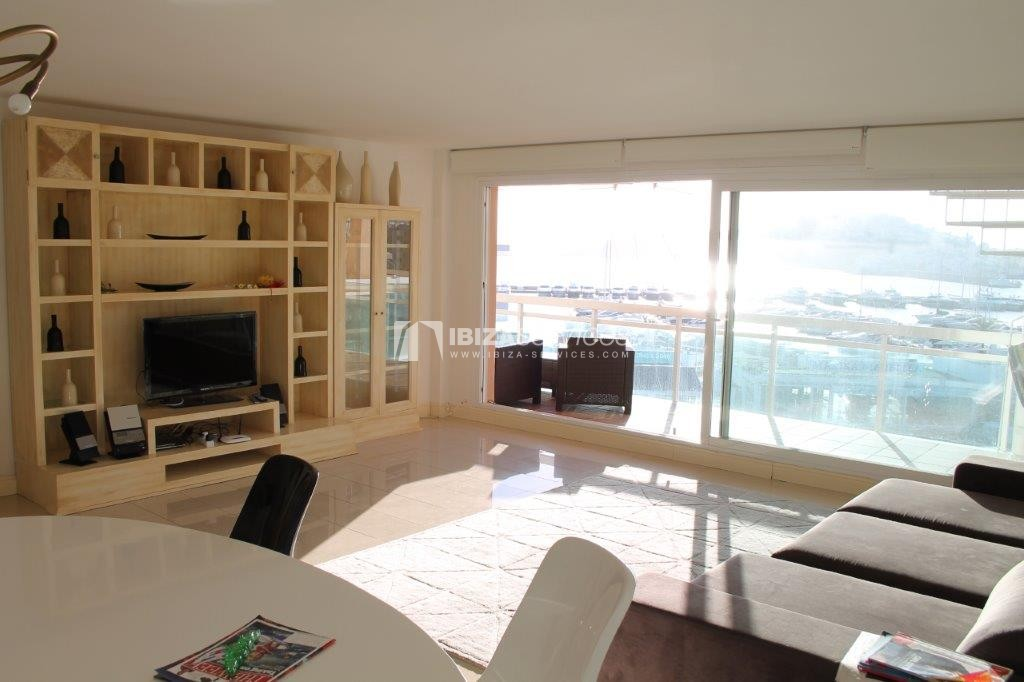 yearly rental penthouse apartment 4 bedrooms paseo maritimo Ibiza perspectiva 34