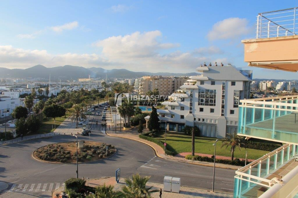 yearly rental penthouse apartment 4 bedrooms paseo maritimo Ibiza perspectiva 1