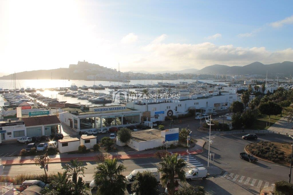 yearly rental penthouse apartment 4 bedrooms paseo maritimo Ibiza perspectiva 2