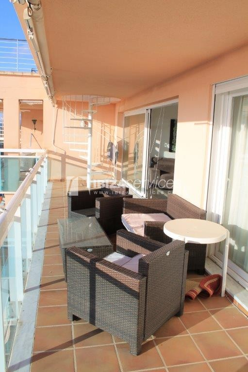 yearly rental penthouse apartment 4 bedrooms paseo maritimo Ibiza perspectiva 4