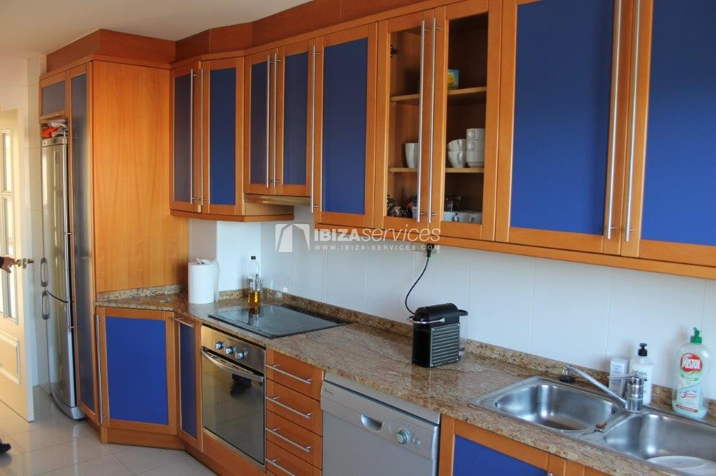 yearly rental penthouse apartment 4 bedrooms paseo maritimo Ibiza perspectiva 8