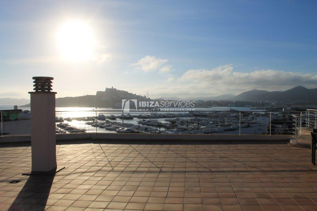 yearly rental penthouse apartment 4 bedrooms paseo maritimo Ibiza perspectiva 24