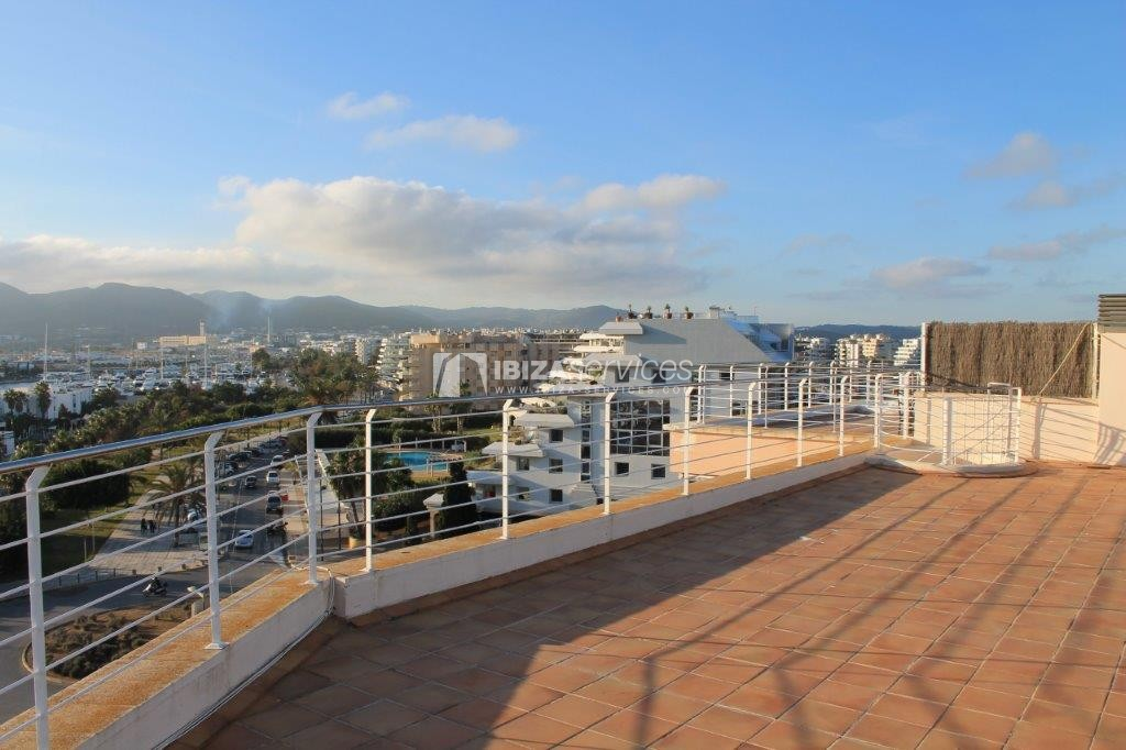 yearly rental penthouse apartment 4 bedrooms paseo maritimo Ibiza perspectiva 28