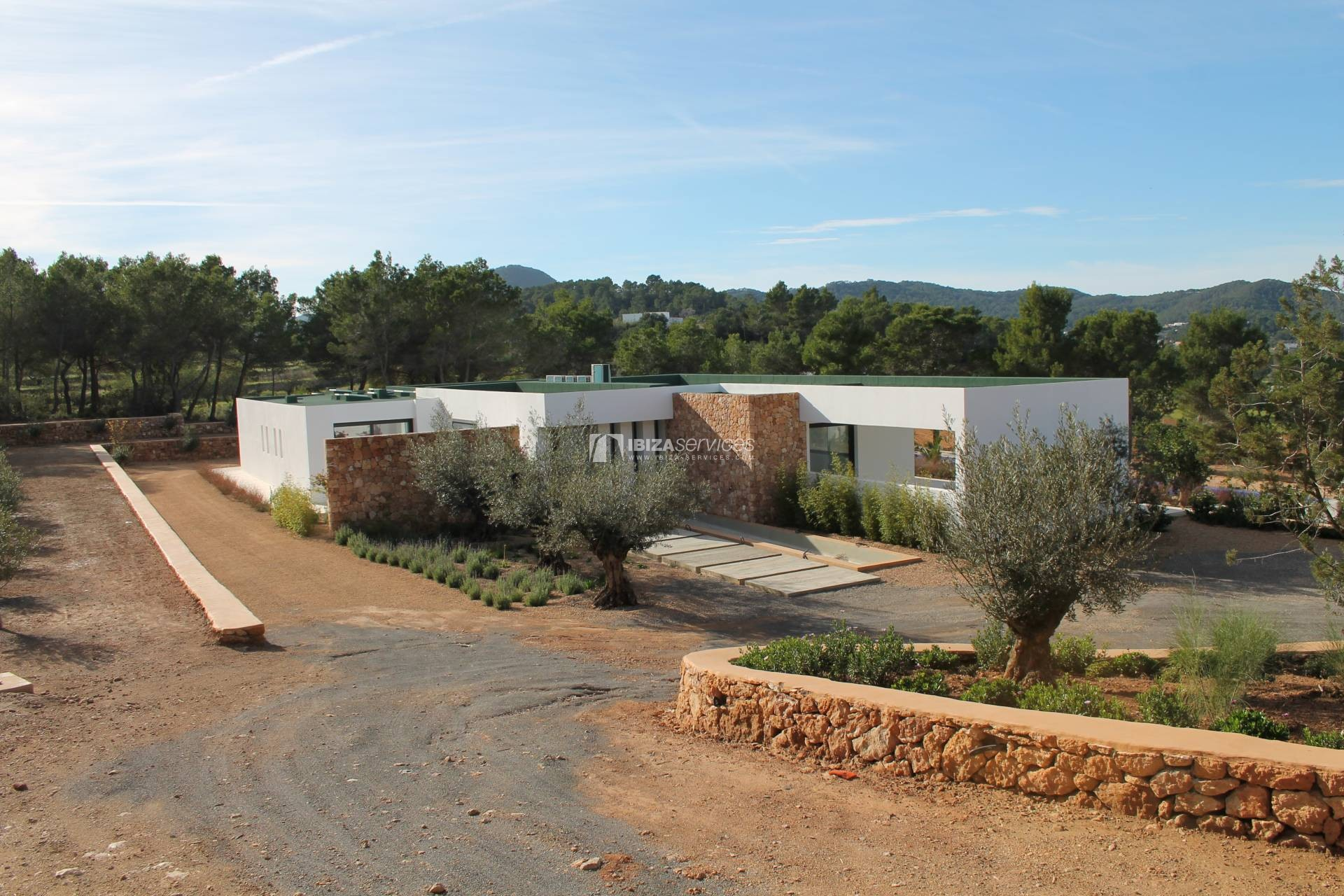 Buy brand new 5 bedroom modern villa in San Agustin Ibiza. perspectiva 9