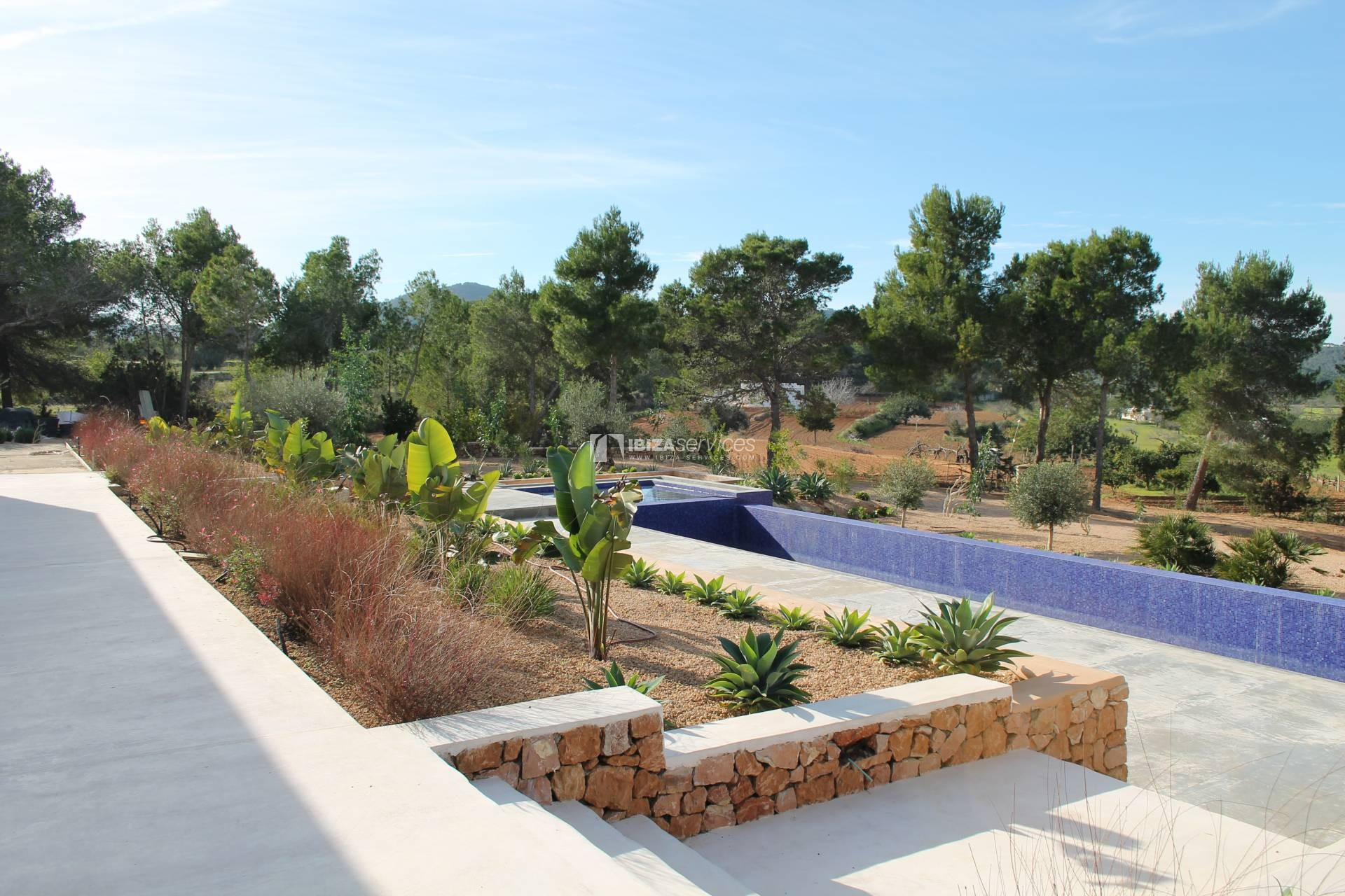 Buy brand new 5 bedroom modern villa in San Agustin Ibiza. perspectiva 6