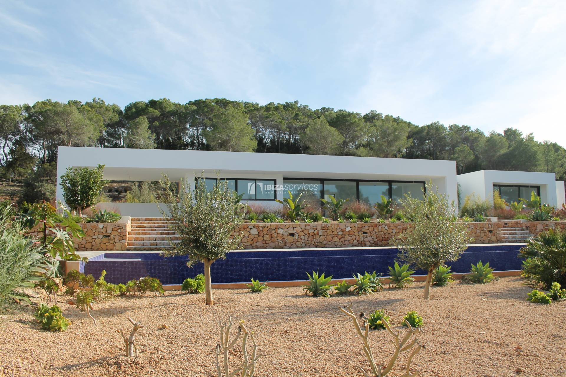 Buy brand new 5 bedroom modern villa in San Agustin Ibiza. perspectiva 4