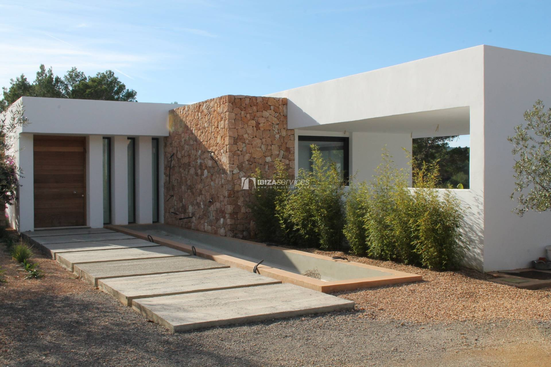 Buy brand new 5 bedroom modern villa in San Agustin Ibiza. perspectiva 10