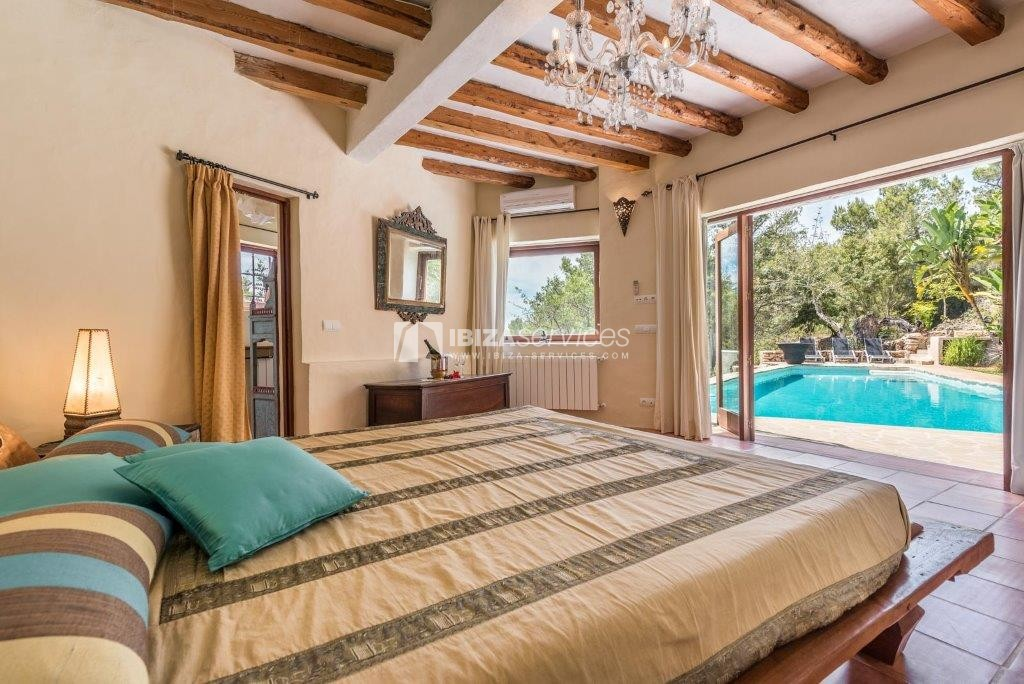 Lovely restored Finca natural beauty and elegance perspectiva 12