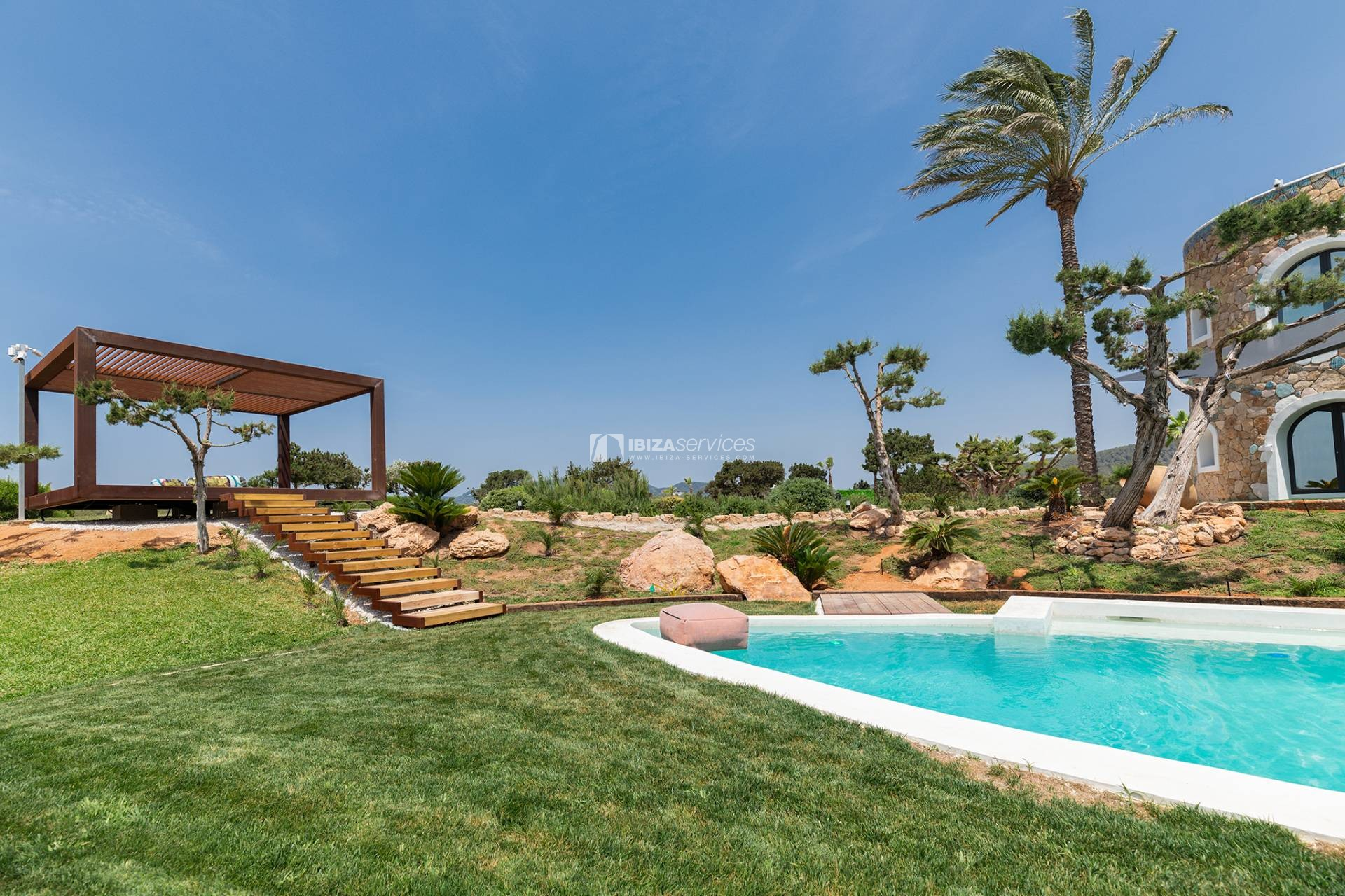 Brand new modern villa Cala Jondal close to Blue Marlin perspectiva 7