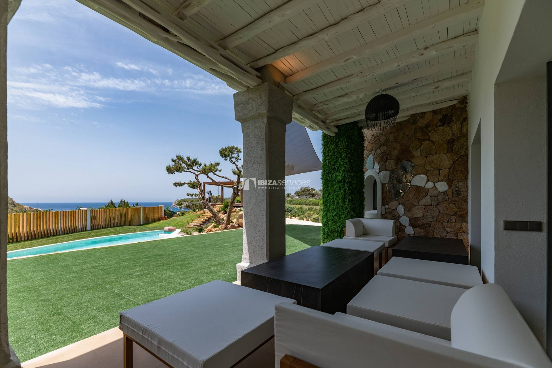 Brand new modern villa Cala Jondal close to Blue Marlin perspectiva 9