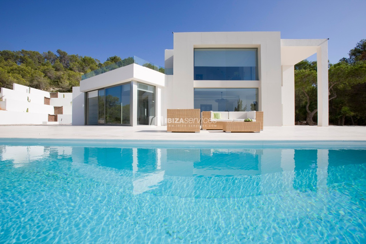 Luxury 8 bedrooms Ibiza villa Elisabeth to rent perspectiva 4