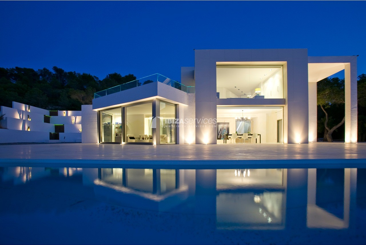Luxury 8 bedrooms Ibiza villa Elisabeth to rent perspectiva 22