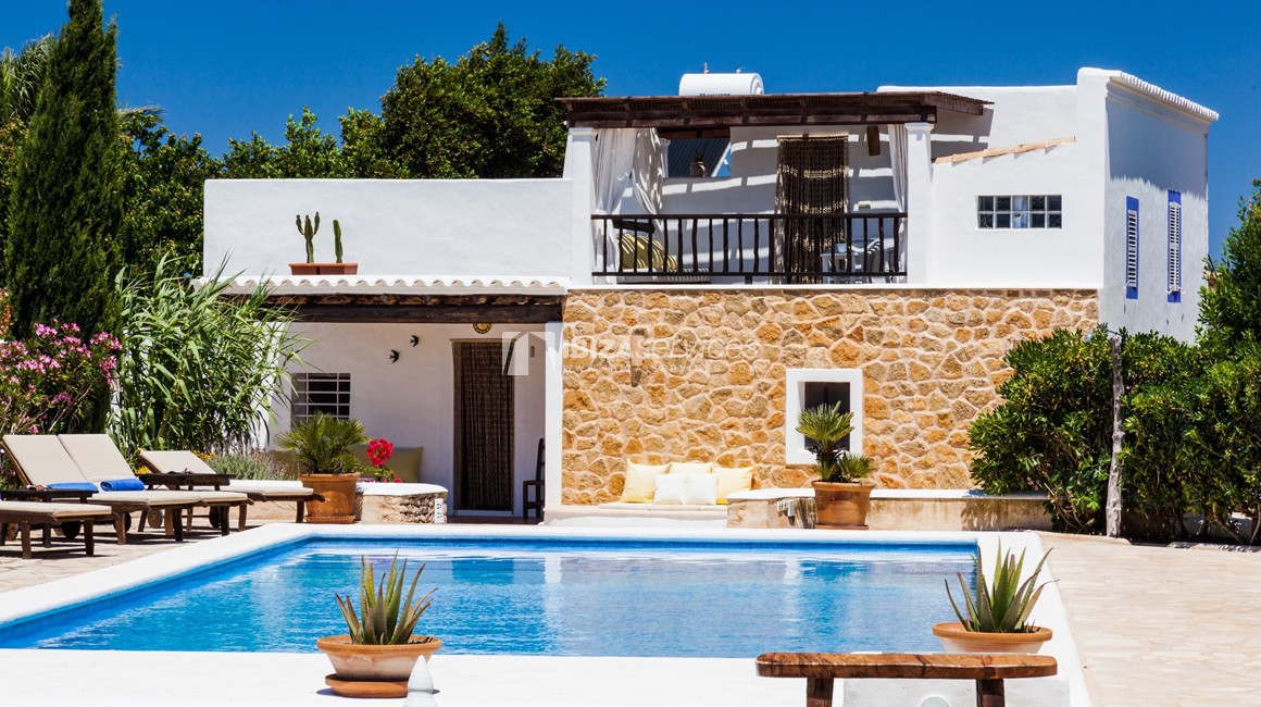 Ibiza-style country house for summer rentals